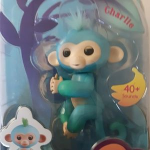 Fingerlings 40+ sounds Baby Monkey - Charlie
